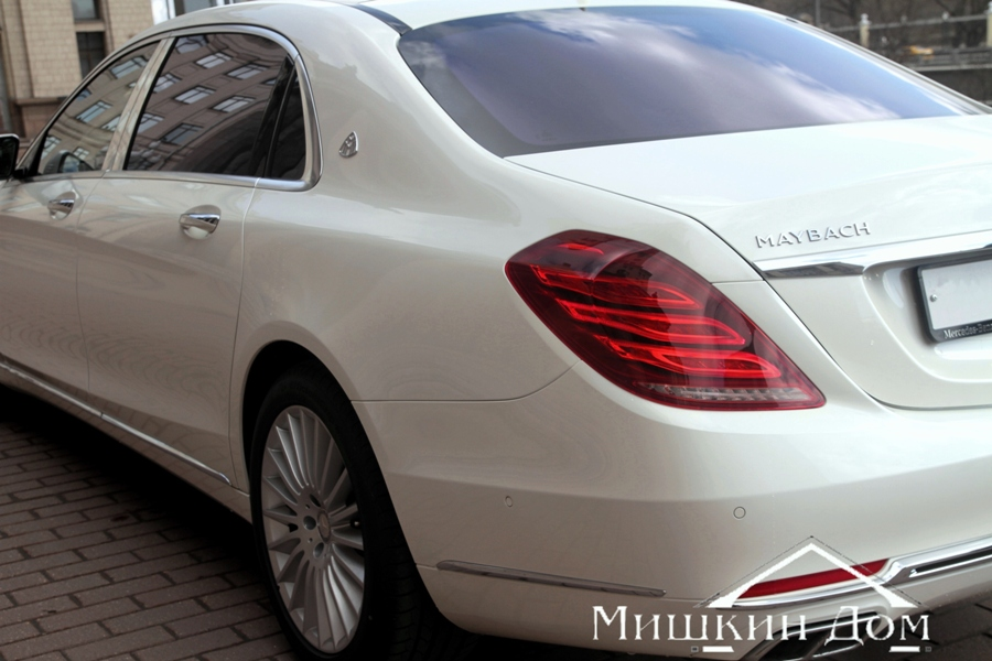 Mercedes-Maybach-S-Klass_foto_3